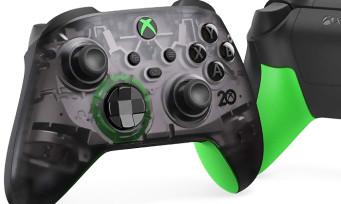 Xbox 20 ans : une manette noire translucide et un casque qui font référence au kit débug