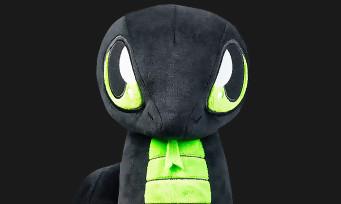 Razer : la macotte officielle Sneki Snake disponible en peluche au profit d'une ONG