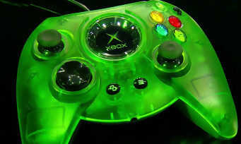 Xbox One : Microsoft va ressortir la manette Duke de la première Xbox, dans une version collector