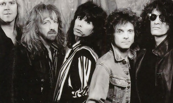 Rocksmith 2014 s'offre un pack Aerosmith incomplet